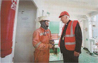 Cardinal Vincent with a Seafarer